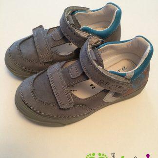 D. D. Step kisfiú nyitott cipő 040-412BM